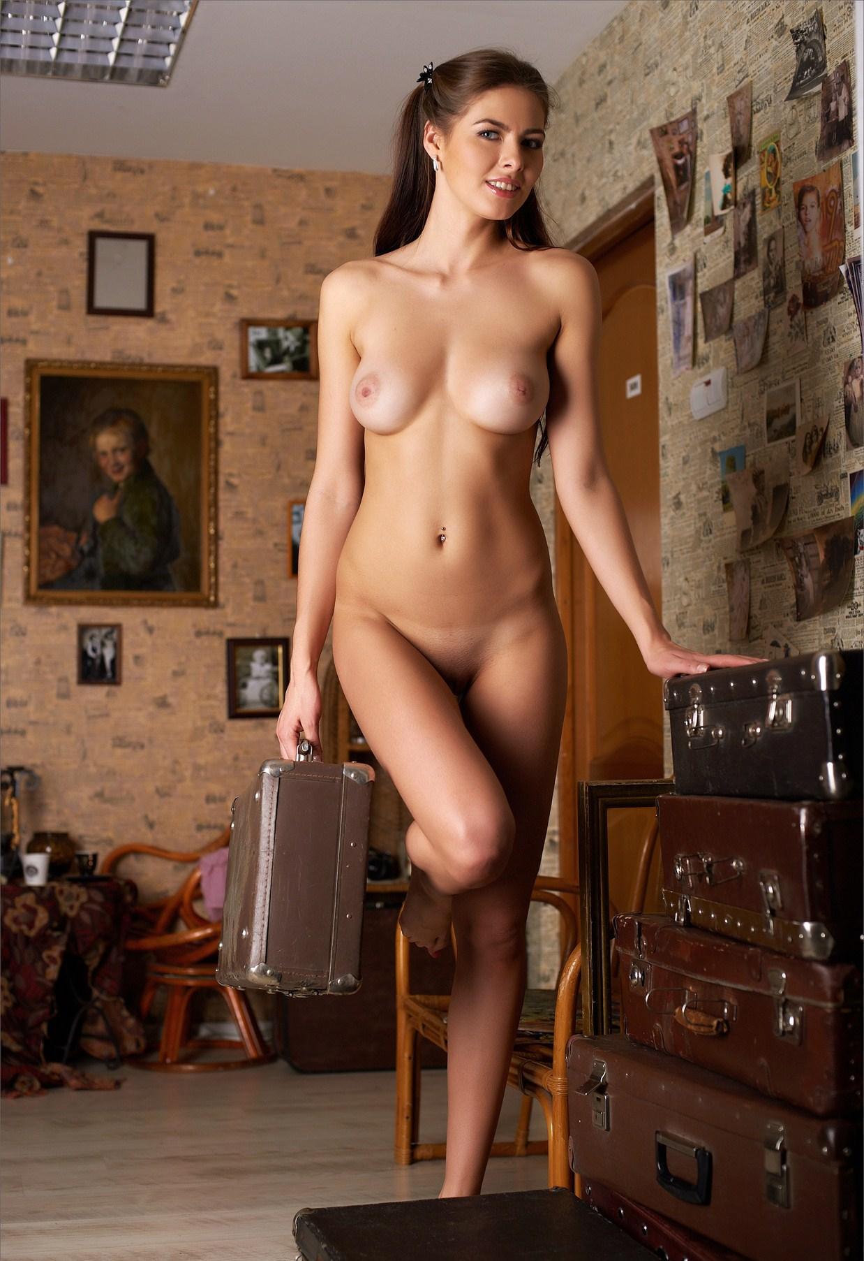 Фото Обнаженных Девушек Дома