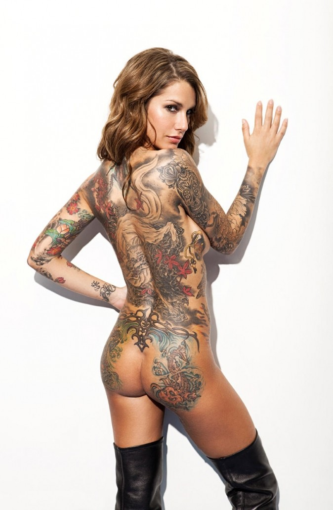 Hot Tattooed Chick Getting Fucked