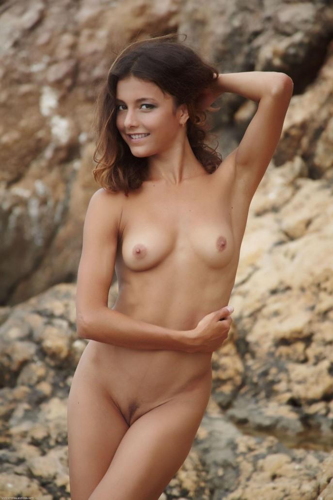 Эротические фото голых девушек на любой вкус.