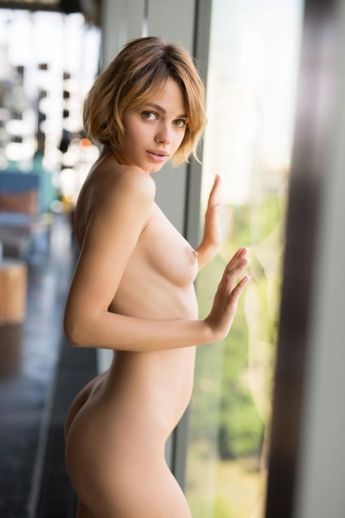 Сексуальная пизда, которая заводит с пол оборота.