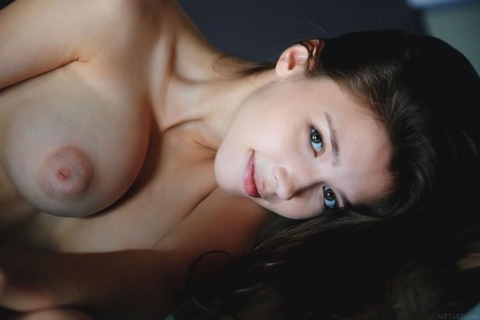 Фотографии письки красивой молодой девушки.