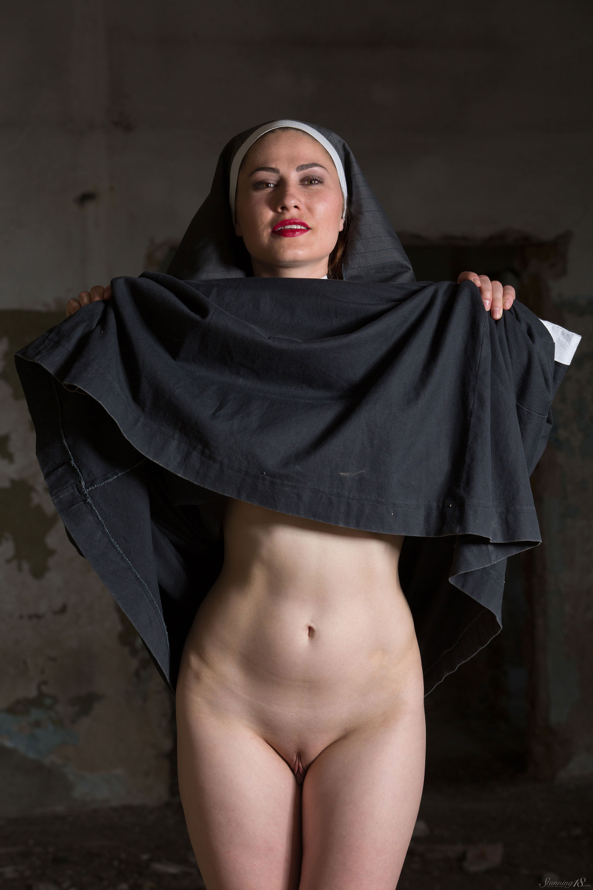 yuing-xxx-nude-nun-how-facial-bleach