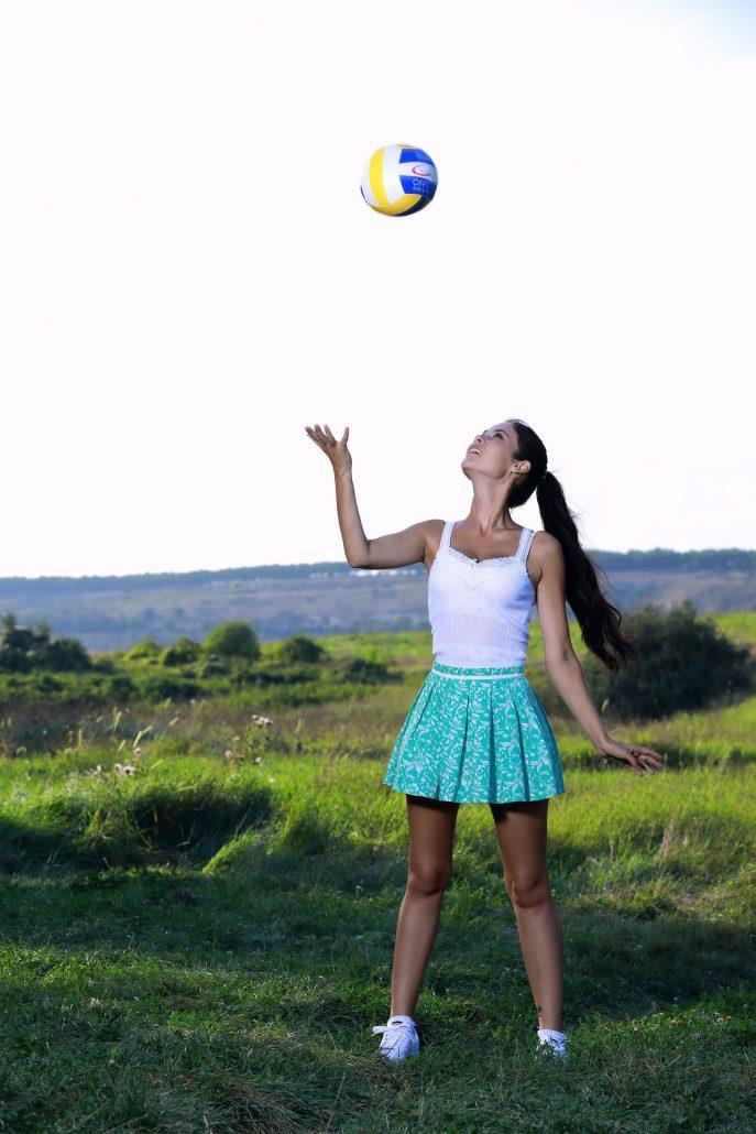 Голая футболистка с большими сиськами.