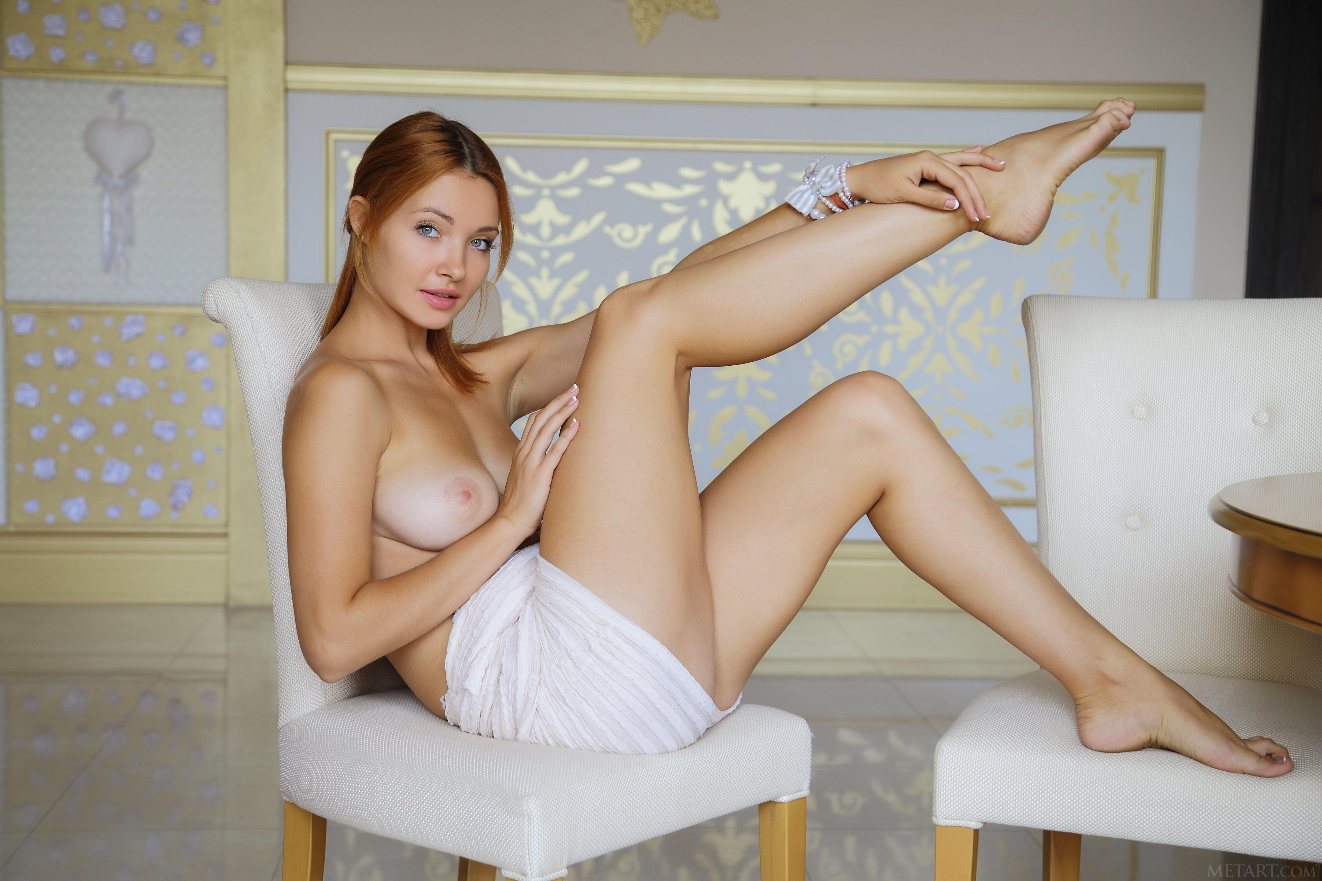 Erotic met art