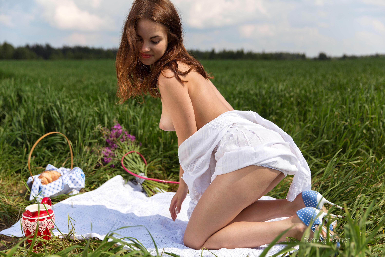 Girls naked at a picnic