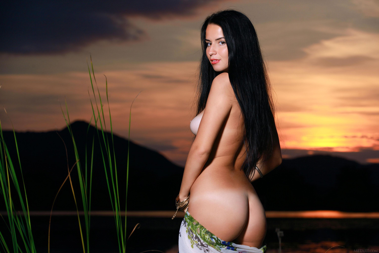 Buy D Naked Netmesh Bra And Panty Set Online