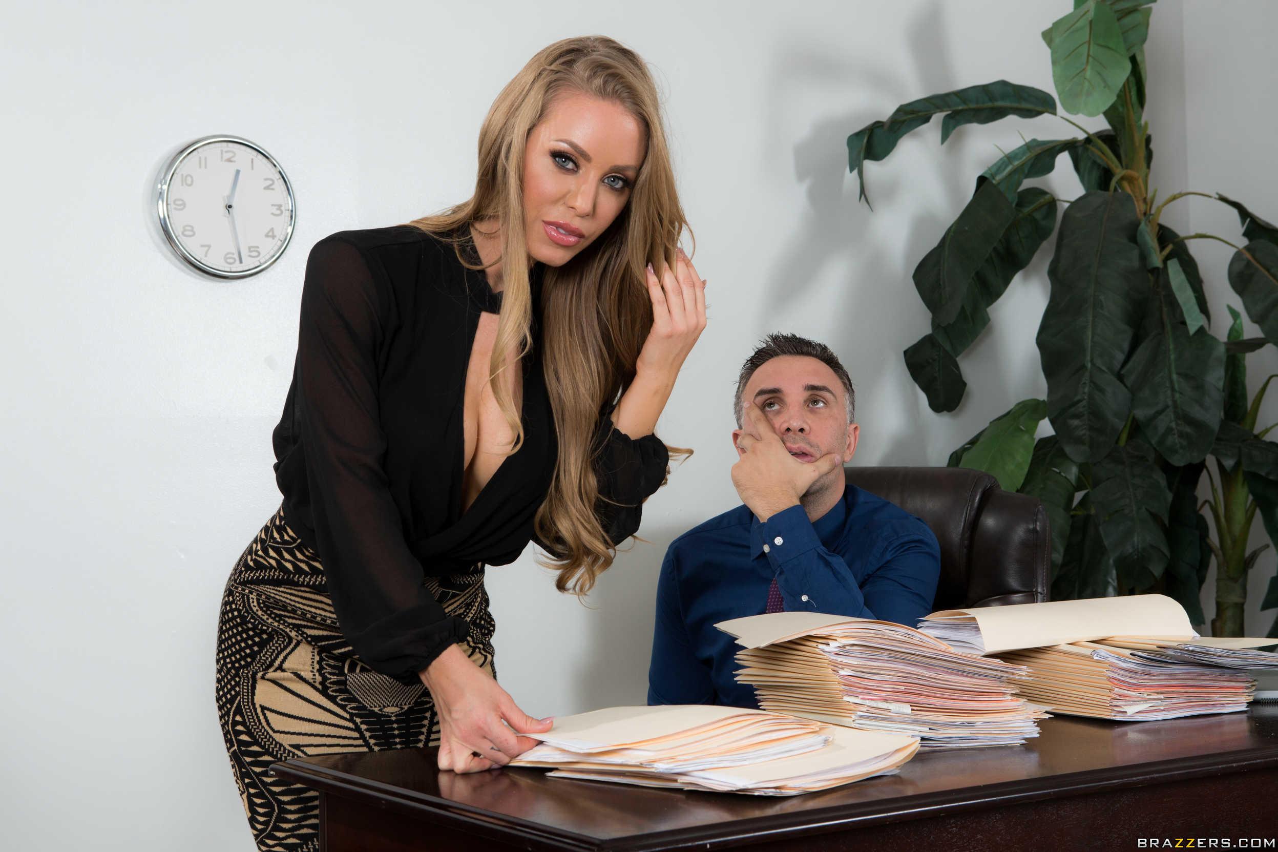 секретарша отработала повышение интересно зачем