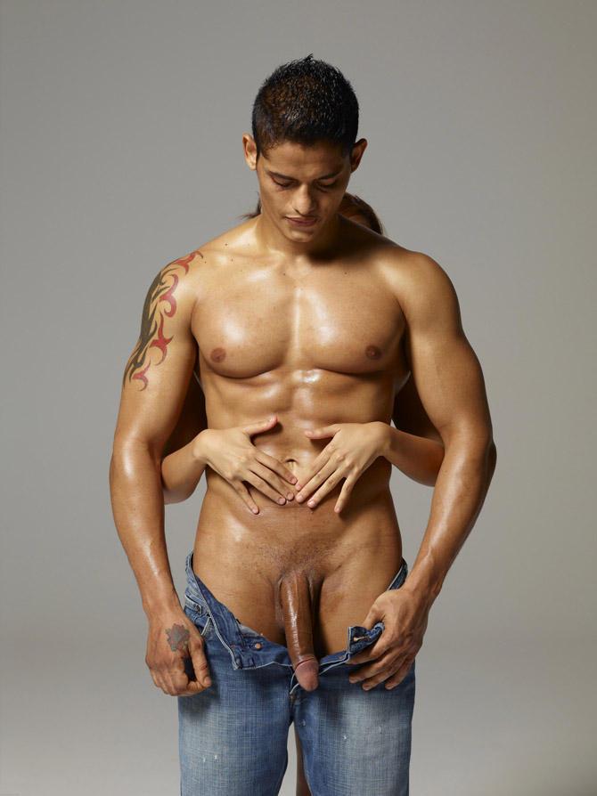 ass-naked-brazil-macho-man-huge-raw-meat-girl-sucks-monster