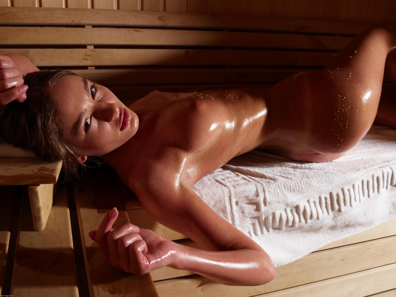 Стройняшка в бане — pic 8