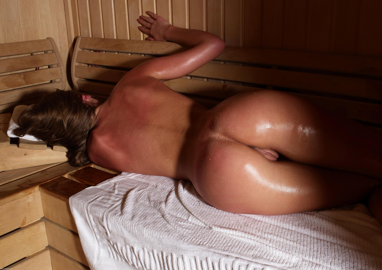Девушки алина смотреть жопа баню