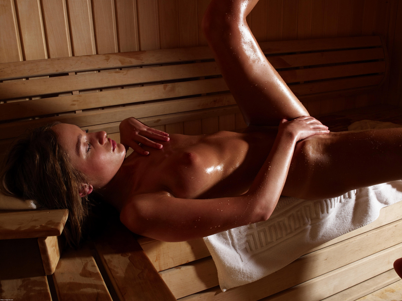 в бане сауне девчонки - 3