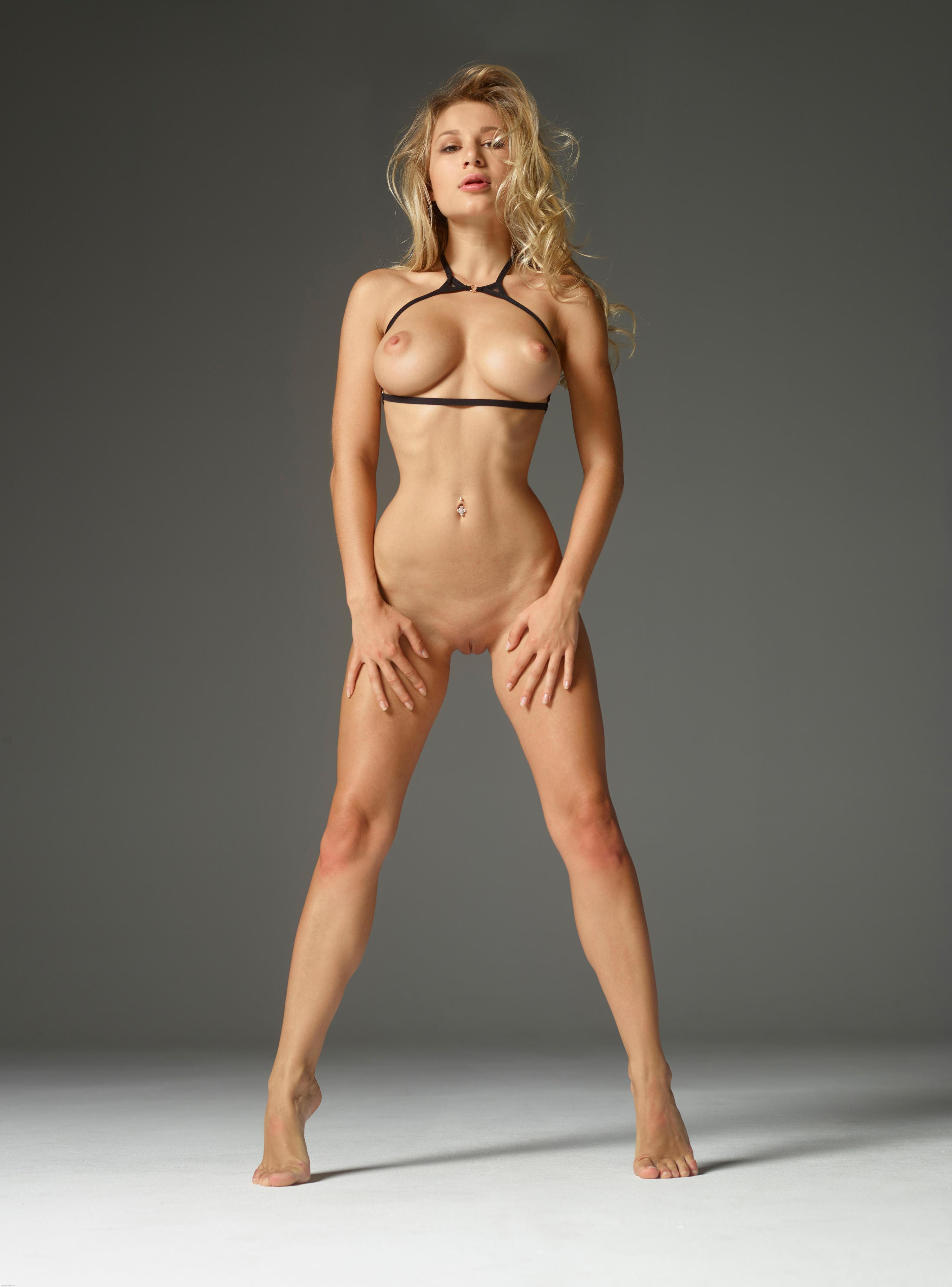 Nude bodies info 6